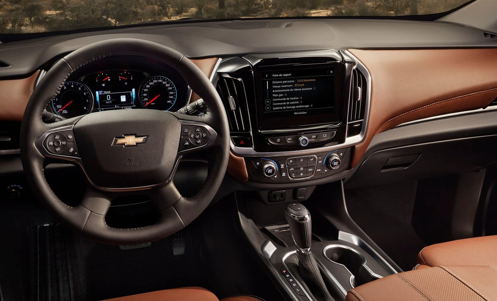 INTERIOR INFOTAINMENT FOR THE WHOLE FAMILY