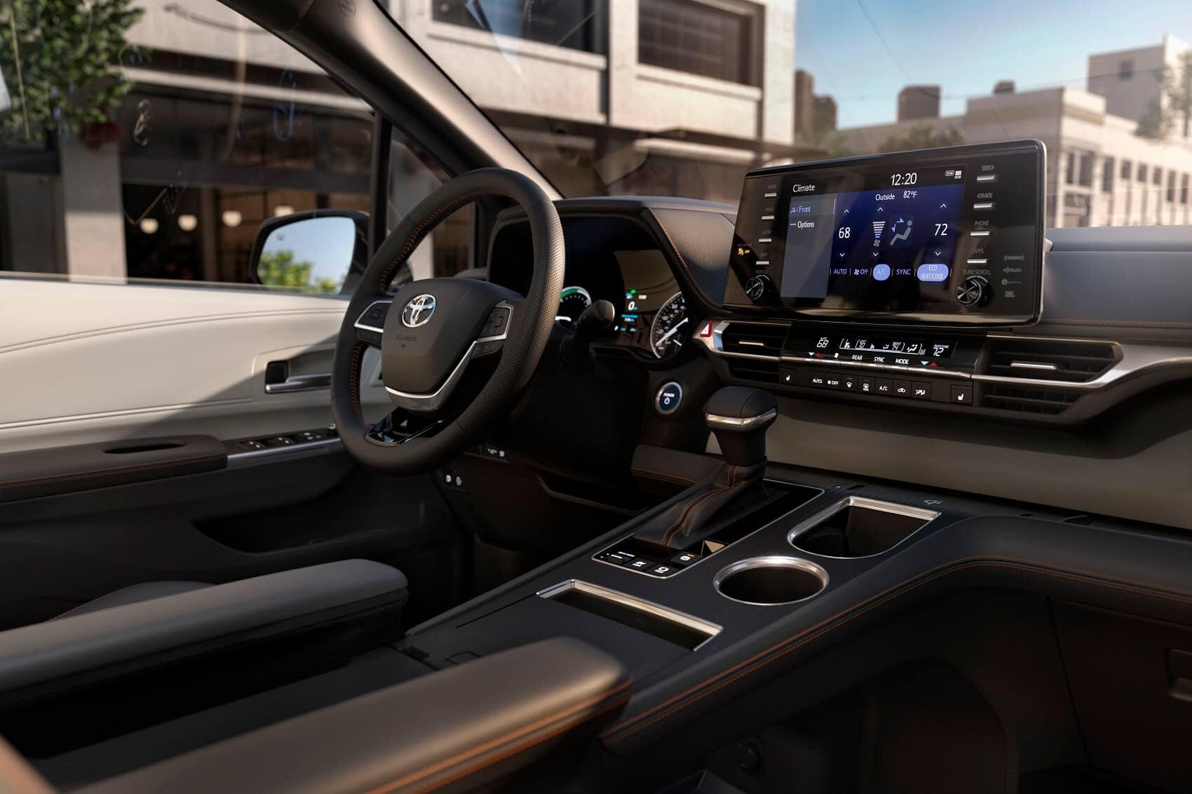 Toyota Sienna Interior Space & Amenities