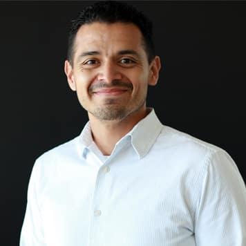 Carlos Leos