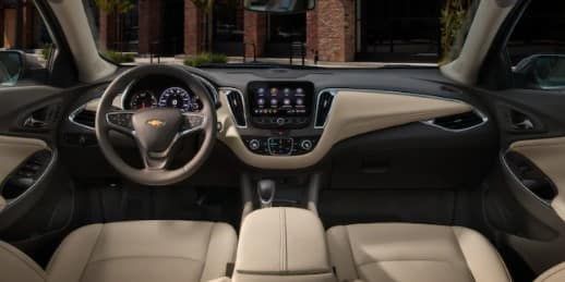 2021 Chevy Malibu Interior Dashboard in St. Louis
