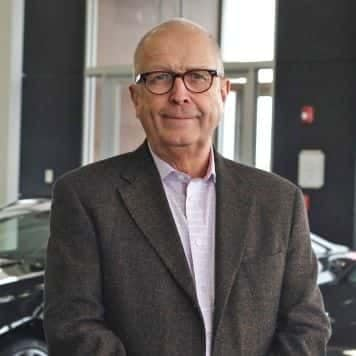 Bruce Axelson