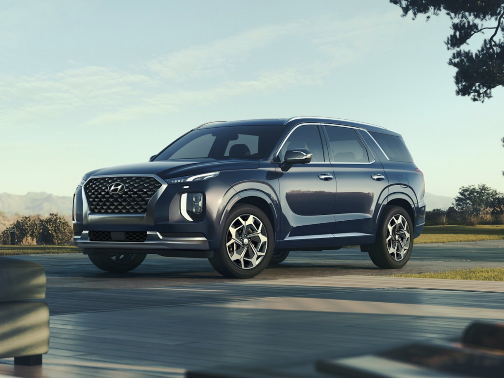 The new Hyundai Palisade parked outside in Orlando.